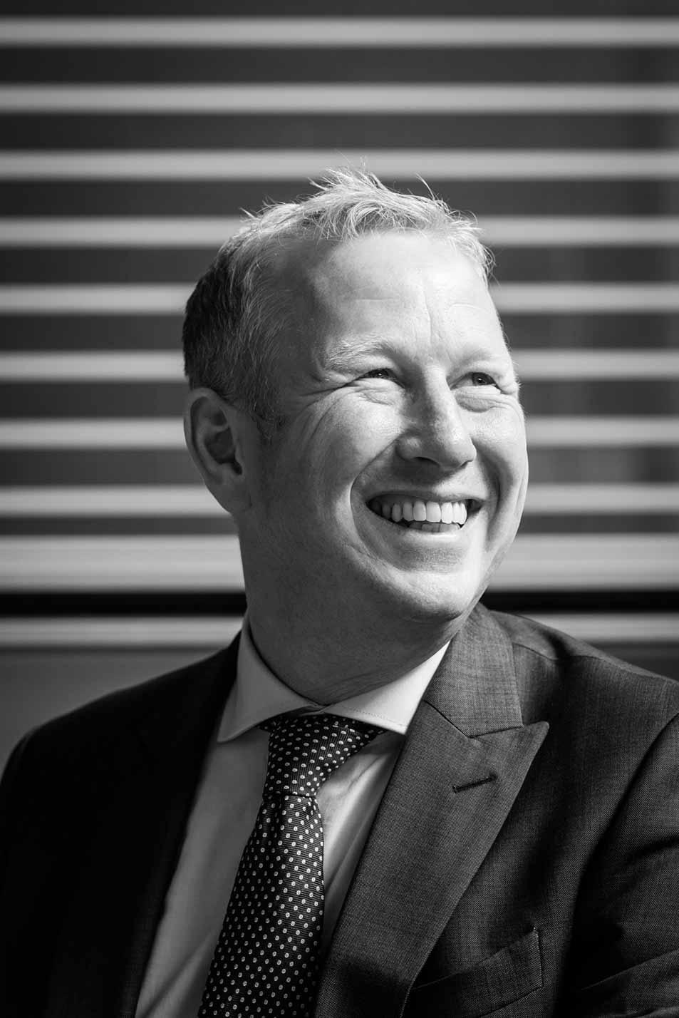 directieportret portretfotografie six financial information amsterdam jorn vos